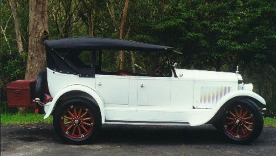 1925 Model 25-25 Standard Six Touring