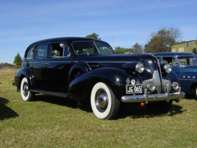1939 Model Buick 90 series, 7 passenger Sedan