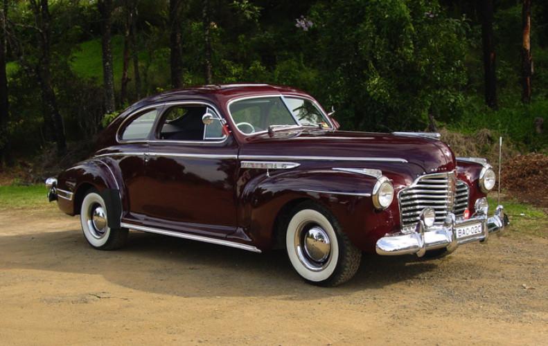 1941 Model Buick, model - 46S 8/40 Sedanet