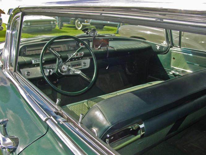 1960 Model Electra 225 Hardtop