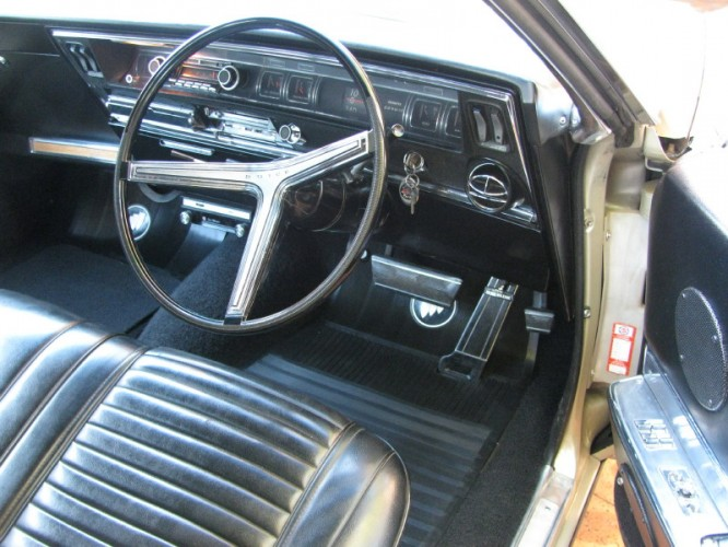 1966 Model 49487 Riviera Coupe